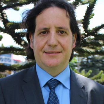 Dr. Raúl Allard Soto